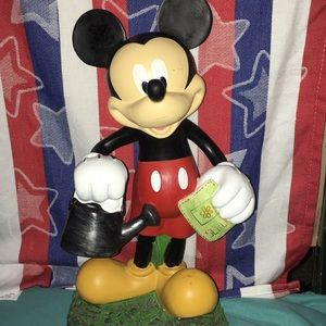 🆕 Disney Mickey Mouse Garden Statue 🌹 🌸